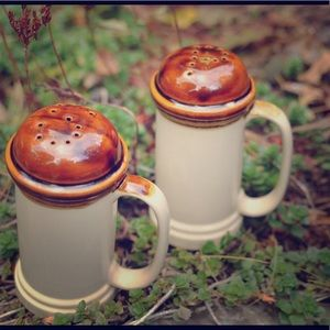 Other - Vintage Pottery salt and pepper shakers